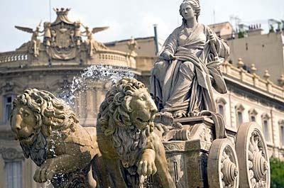 Madrid traces its origins to the year 882 and features museums & monuments of extraordinary beauty Arquitecture Madrid Cibeles Fountain Day 3, Madrid After a