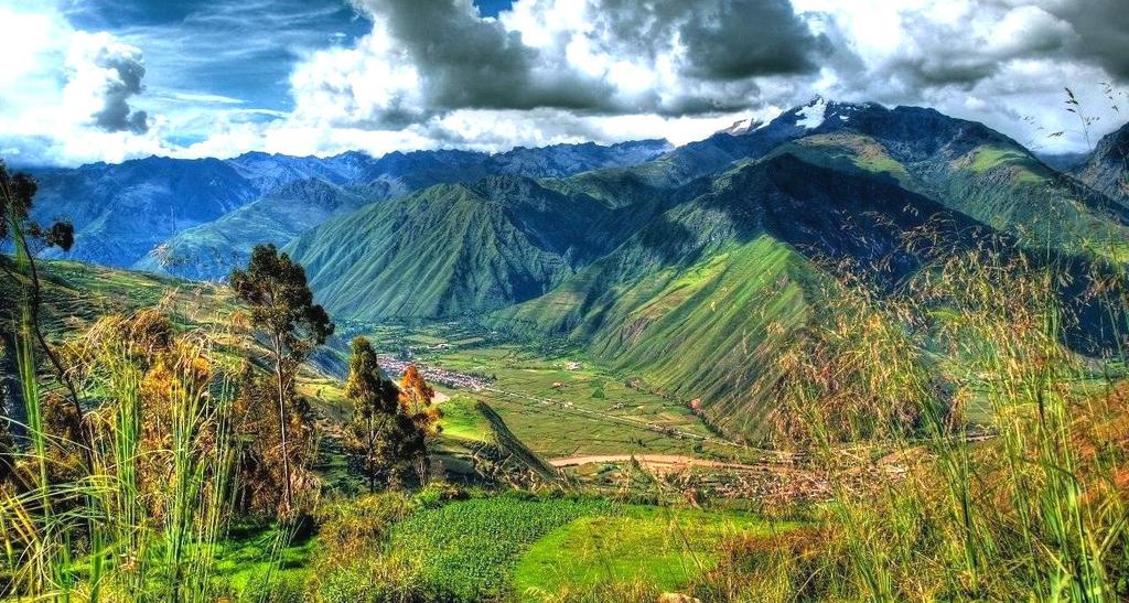 The Sacred Valley is known for its lush scenery, picturesque colonial towns and a magnificent Inca fortress.
