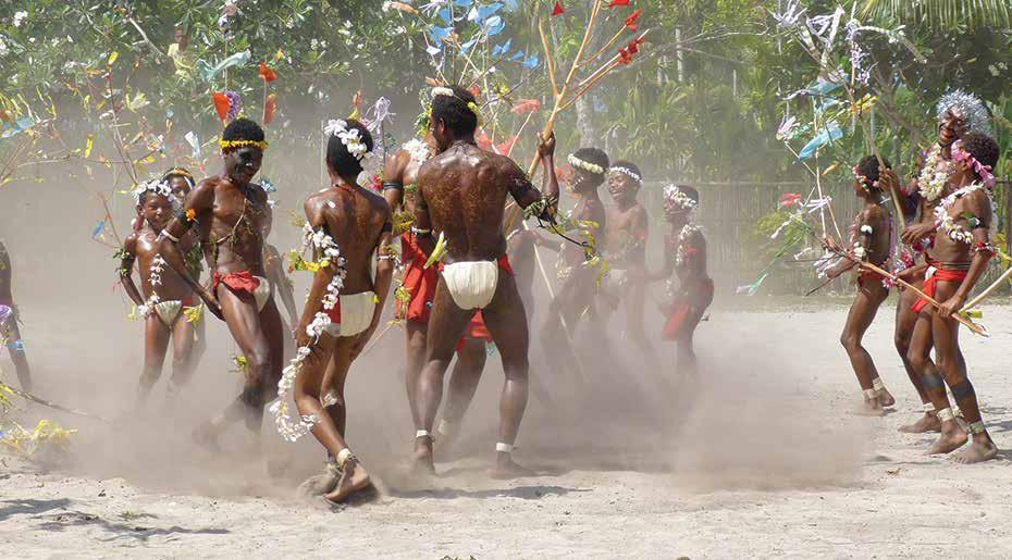 frontier lands of papua New Guinea CORAL DISCOVERER > DEPART 5 NOVEMBER 2018 itinerary DAY DESTINATION 1 FLY CAIRNS - MADANG 2 SEPIK RIVER & SEPIK VILLAGE 3 MANAM VOLCANO & TOLOKIWA 4 DREGERHAFEN &