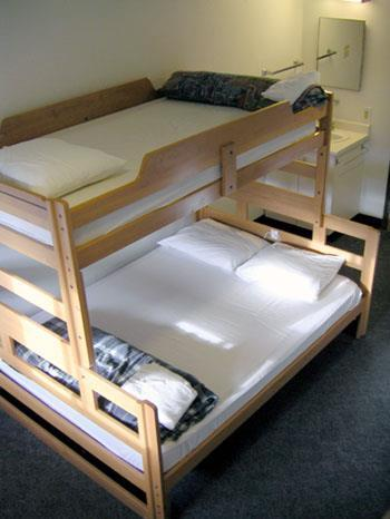 Students advised to bring towels and dishes. 24 hour security. Minimum age: 18. Hostelling International Downtown YWCA Residence Hotel Location: Centrally located in downtown Vancouver.