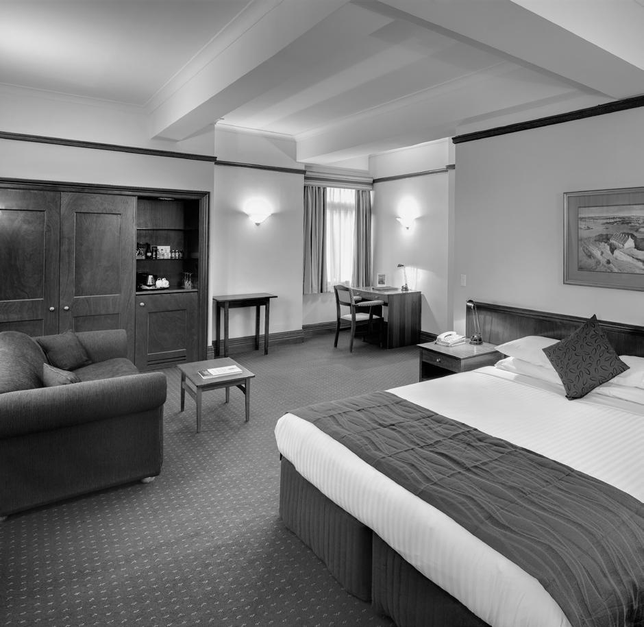 ACCOMMODATION Here at the Royal Automobile Club of Australia we have 29 accommodation rooms, with styles ranging from the original 1920 s single bedrooms to
