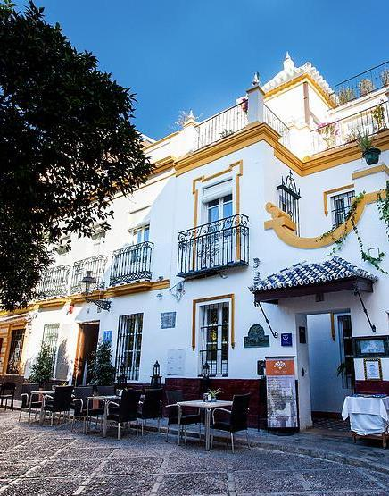 The Hostería has some of the best and freshest tapas in town, our favorite being a