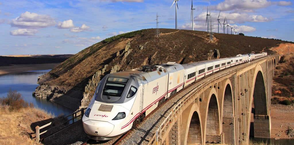 HIGH SPEED TRAIN MADRID SEVILLE or VV Includes Madrid-Sevilla Touristic class