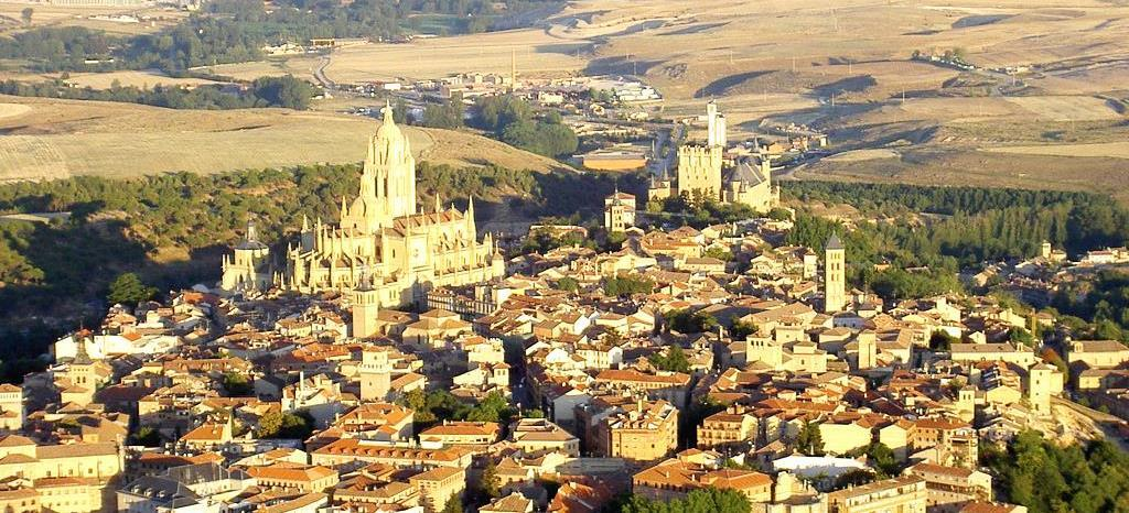 MAY 2 OPTION 2 FULL DAY SEGOVIA Duration: 09:00 17:00 Min number of people: 30 pax Max number of people: 45 pax Price per person: 100,00 Price includes: deluxe