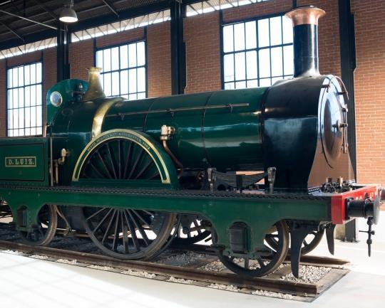 ) Museu Nacional Ferroviário - 2h30 Guided tour of the National Railway Museum in