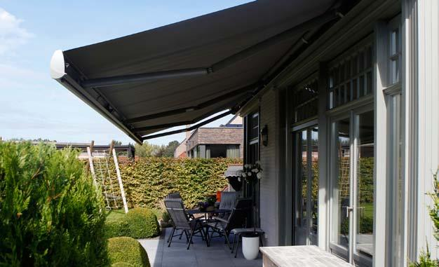 OLIVIA cassette awnings The awning OLIVIA is one of the most deluxe models on a European scale.
