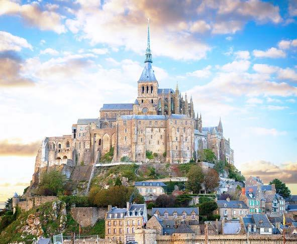 The region has a very rich history and culture: Renaissance writer Rabelais was born here; Joan of Arc led French troops to victory in the Hundred Years War in the Loire; and, as the Cradle of the