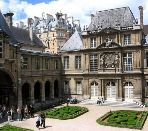 tour the Grand Stables, the opulent Grand Apartments, the King s Chamber and the Hall of Mirrors and surrounding gardens. Return to Paris for dinner and overnight accommodation.