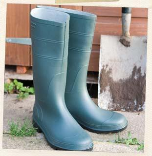 Each pair includes a free welly boot bag PVC