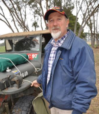 While we were at Glen Innes we spotted a group of very dirty Jeeps and when we went to investigate we caught up with none other than Cardinal Carl, Neil Goodridge, Jackoooo, Michael Bowen, Emu and