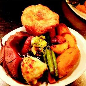 - 2 x roast dinners only 16 between 5-7pm Call 01243 371019 www.woodmancot