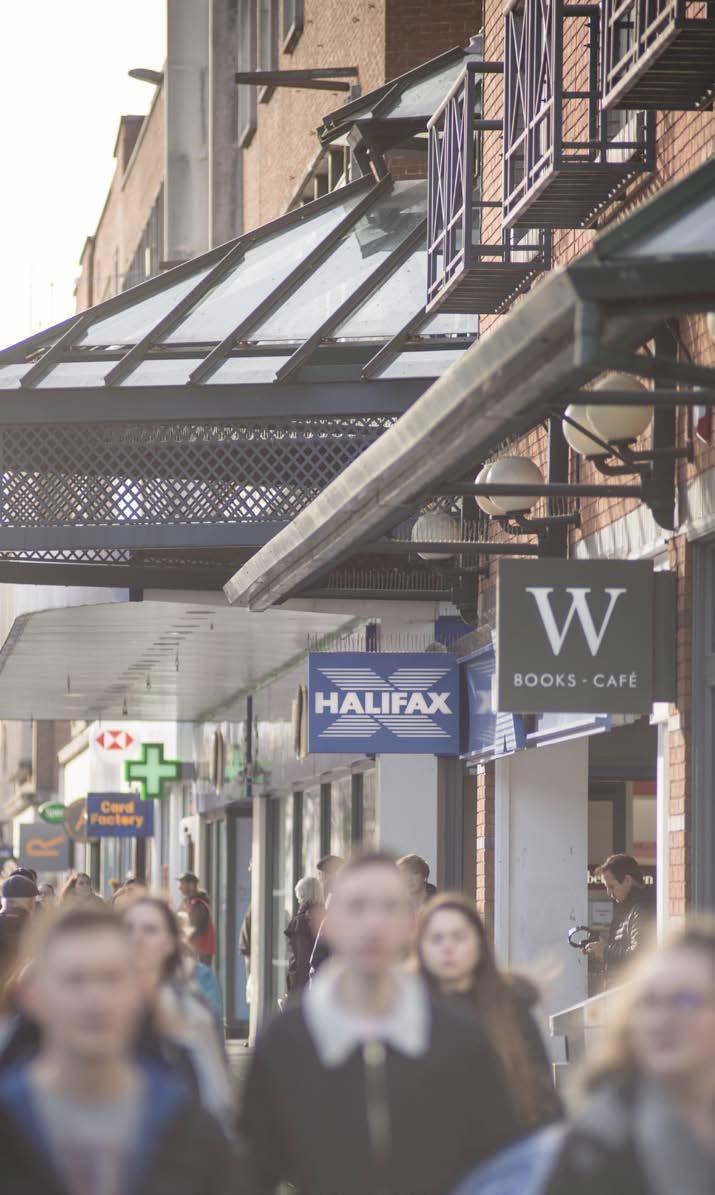 5 RETAILING IN EXETER Exeter is a well-established and thriving retail centre providing one of Devon s primary shopping destinations with a total floor space