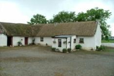2007 866 Thatched House,