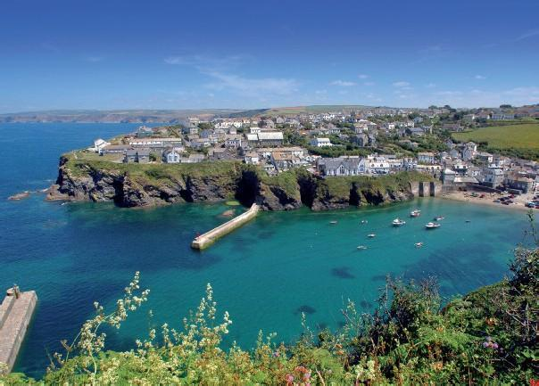 Day Six: The Villages and Harbours of North Cornwall Your last day in Cornwall is a chance to explore some of the prettiest of all Cornish villages that cluster on the North Cornish Coast.