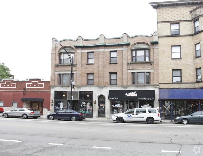 SALES COMPS 2937 N Clark, Chicago, IL 60657 Square Footage: 8557