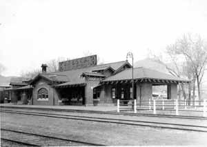 replace a smaller frame structure constructed in 1887 when the Atchison (as it was known then) first reached Cañon City; this served as a combined freight and passenger depot.