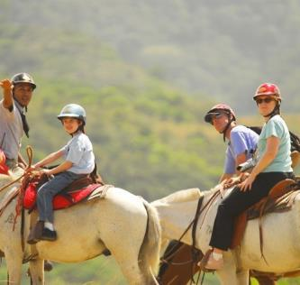 Ride your horse up hills and mountains while observing