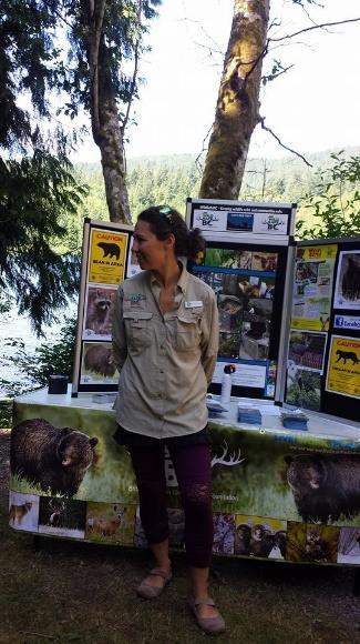 Executive Summary Conservation Officers in Powell River have seen the growing need for public education about attractant management in their efforts to reduce human-wildlife conflict and have lobbied
