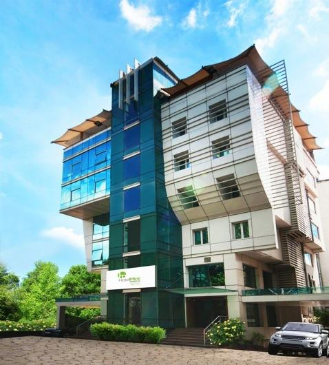 MINT, Propus, Bangalore In Heart of Bangalore with excellent connec6vity v Excellent connec8vity to major CBD s with under 2Kms from MG Road and Koramangala and Banerghaka CBD s providing best