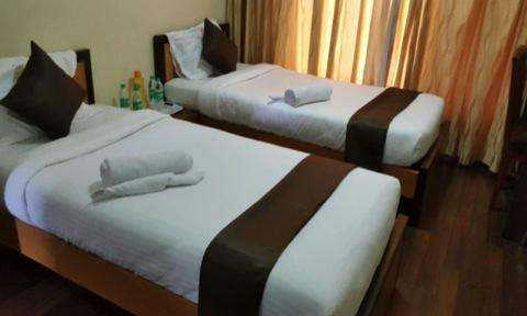 Mint Airport Suites, Vile Parle Picture Gallery Spacious Rooms with wooden floorings Rooms