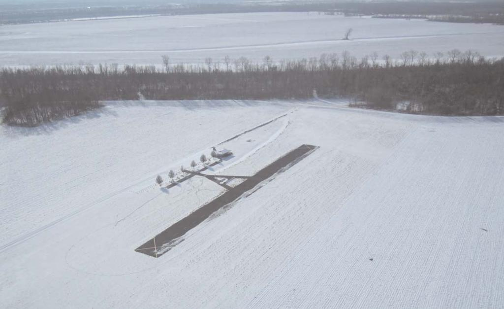 MIKE ROEDERER PHOTO (Continued from the previous page) Meeting Activity: Four members brought planes to show and Bob Gizzie gave a technical