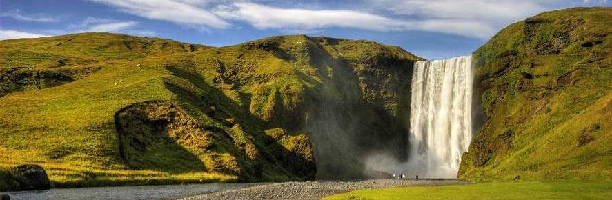 OPTION 3 : SOUTH SHORE ADVENTURE WITH REYKJAVÍK EXCURSIONS This tour is ideal for nature lovers of all kinds.