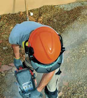 Head & Face Protection Workers are required to wear the correct PPE whenever working in areas where there s potential of falling or flying objects or exposure to chemical splash. Visit www.osha.
