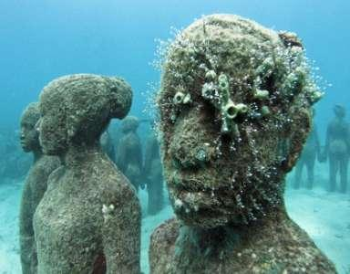 CONSERVATION EFFORTS IN MAURITIUS The main aim of the sculptures is to assist coral conservation in Mauritius.