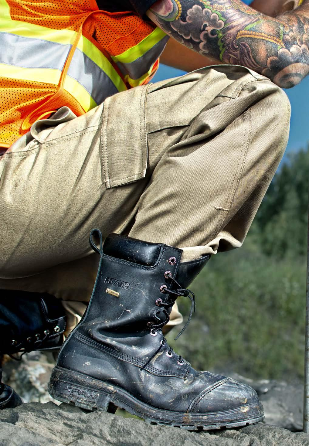 MINING INDUSTRY ROYER boots who are equipped with GORE-TEX technology keep your feet dry.