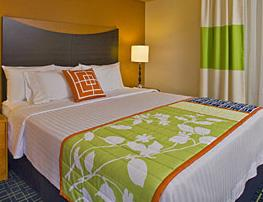 Fairfield Inn & Suites Meeting space for up to 100 24-hour business
