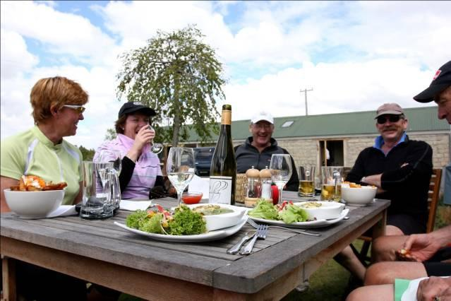 Objective: Hospitality is consistently good along the whole Rail Trail. Recommendations for action: 1. Investigate existing options for determining hospitality levels e.g., A World of Difference, Qualmark or a code of ethics etc, and how they could work for Rail Trail operators.