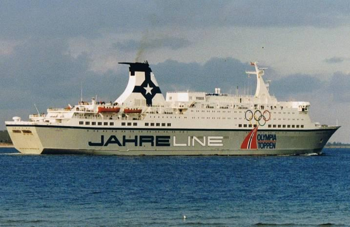 Launched as the Norwegian ferry Prinsesse Ragnhild for the Jahre Line, She was transferred to the Color Line in 1990 and lengthened by 35,25 meters in 1991-1992 by Astilleros Espanoles, in Cadiz.