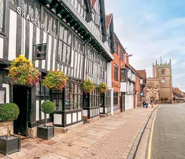 This lovely new festive tour includes a visit to Worcester and Shakespeare Country with the opportunity of a stroll by the River Severn.