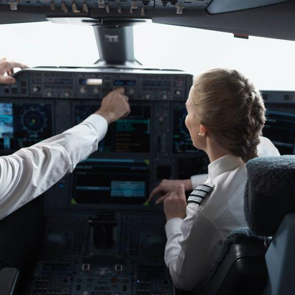 software for pilots saves fuel and reduces CO2 emissions (PACE) Finnair mobile app