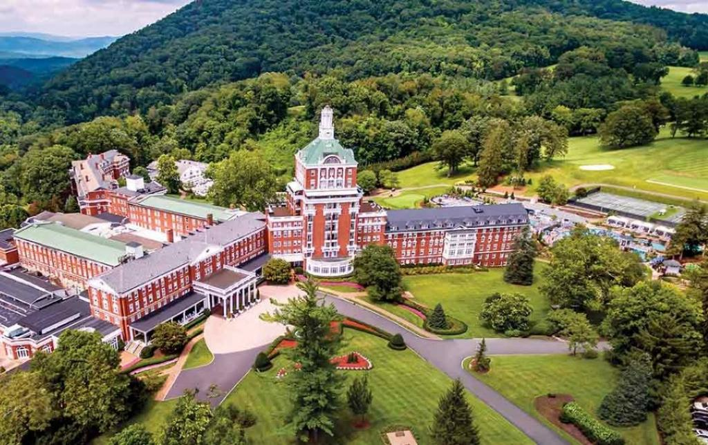 Located across more than 2,000 acres of scenic Virginia landscape, the resort provides timeless comforts and access to an exciting array of activities no matter the season of your stay.