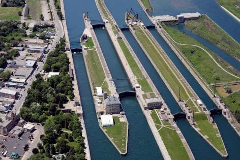 MacArthur Lock bulkhead repairs (FY17 work plan funding requested for all bulkheads, in-house repair of 3 bulkheads by Mar 2017) West Center Pier repairs (phase 3&4 complete Dec 2017, phase 5 funded