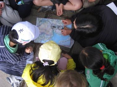 TEAMS SPLIT INTO 40 students (CK, TMT, TZ) PROGRAM SUMMARY - TAI TAM Bus to Tai Tam Scout Centre Introduction to camp site, and hostel Introduction to team work & the program outcomes Team Meeting,