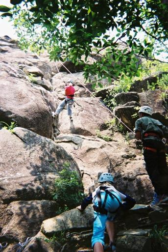 the Tai Tam Gorge Survival Challenge Environmental awareness & Reviews Breadsticks and evening activity All groups recombine together Day 4 DAY 4 Breakfast Pack up camp and bus transfer to Ma On Shan