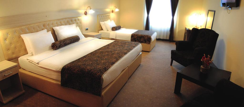 very friendly staff, clean rooms with good facilities. the hotel is in very good condition and just opposite the train station. 5-10 min walk from the centre.