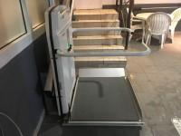 A member of sta needs to be noti ed for use of the lift. The platform lift accesses a small level change. There is not a clear level manoeuvring space of 150cm 150cm in front of the lift.