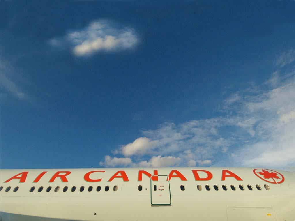 Agenda About Air Canada Building a Stronger Airline