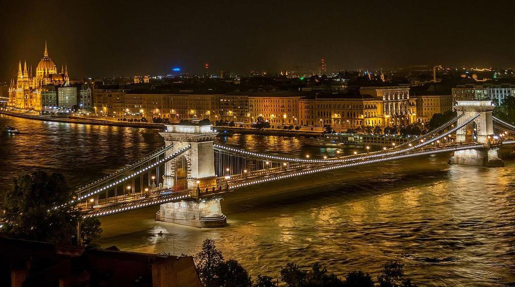 Sightseeing in Budapest Chain Bridge: Teaser of the sightseeing tour on Friday! Joining Buda and Pest Our Budapest bus tours give you the best seat in the house to see the magnificent Chain Bridge.