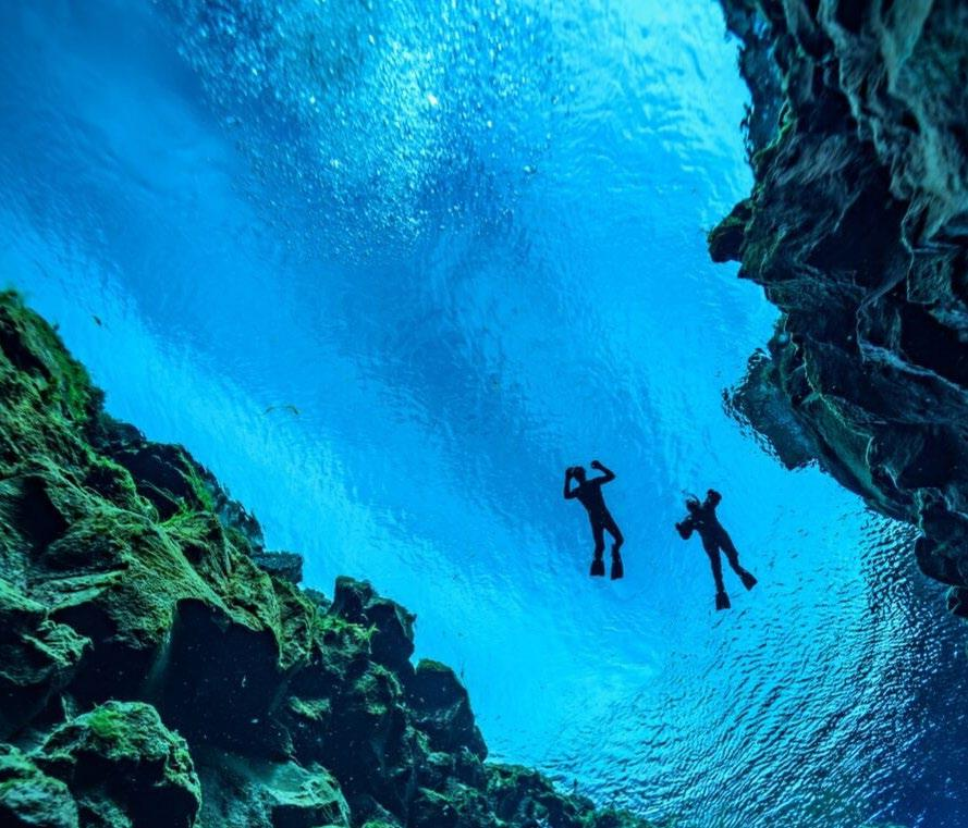 You ll find out for yourself as you glide between tectonic plates floating on pure, filtered glacial meltwater and tick off your bucket list the ultimate tour with breathtaking underwater views