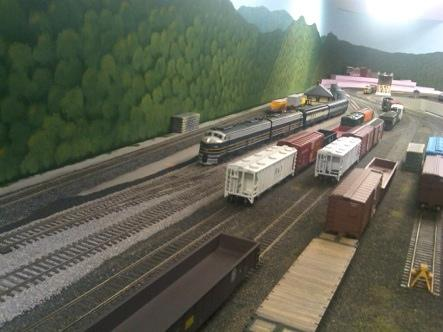 Around the Division - Layout Open House Report Dan Vandermause s S Scale B&O/Allegheny Western Subdivision BRIAN W.