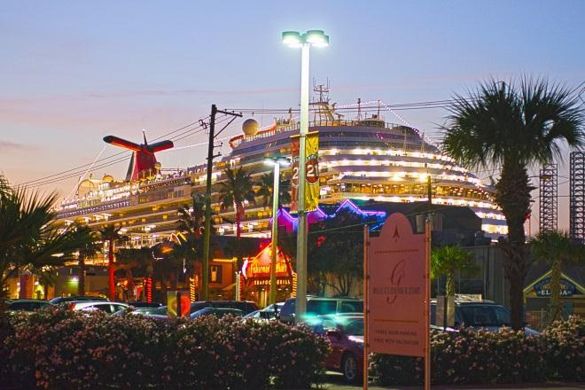 Key themes for 2012 Cruise passengers are playing an increasingly important role in the Island s tourism industry. Embarkations from Galveston increased by an average of 12.5% per year since 2008.