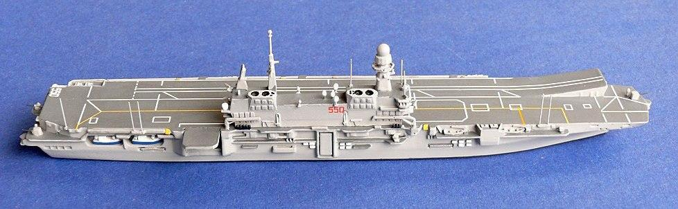 1250 Models Italian aircraft carrier Cavour (courtesy Chris Daley) USA Models 1250 Models De Ruyter (courtesy Chris Daley) These are cast in resimet with white metal parts and are available