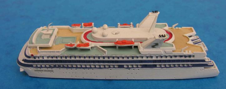 Surveying the original catalogue of some 400 models, Hansa warships included most of the Kriegsmarine and contemporary 1950s/60s Bundesmarine, a few US cruisers of WW2, and from the post war era the