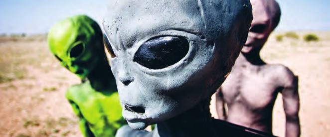 22 PLAN YOUR TRIP IF YOU LIKE...» Alien characters, Roswell UFO Festival, Roswell (p396) Nightlife You ve seen the red carpet rolled out for movie-star premieres.