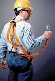 Strap Yes Yes Yes Yes Lanyard Ring Yes Yes Yes Yes T4000/UAK 341541571 Harness w/ back D-ring & mating-buckle legs Universal T4500/UAK 341506461 Harness w/ back D-ring & tongue-buckle legs Universal